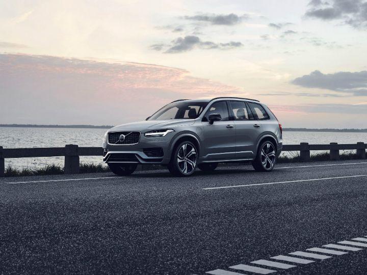 2019 Volvo Xc90 Unveiled B Badge Adds F1 Style Kers Zigwheels