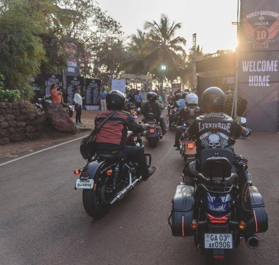 Harley Davidson Celebrates 7th HOG Rally