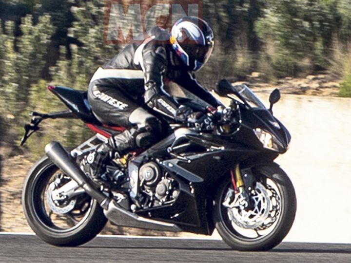 New Triumph Daytona Spotted