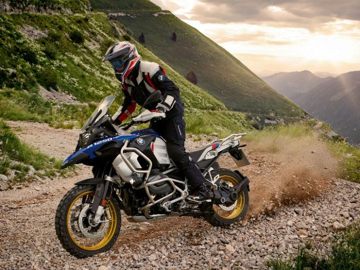 Bmw Launches All New R 1250 Gs R 1250 Gs Adventure In India Zigwheels