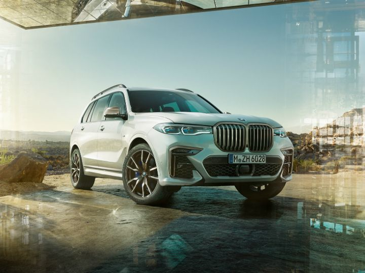 India Bound Bmw X7 S Features Previewed Zigwheels