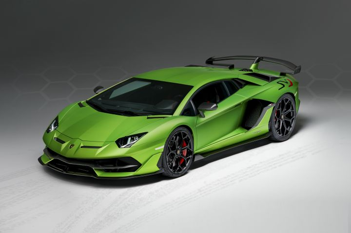 King Of The Ring Lamborghini Aventador Svj Launched In India Sort
