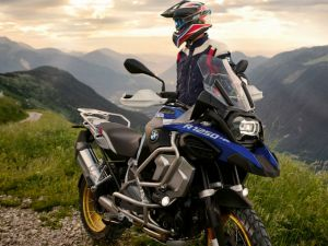 You Can Now Book The Bmw R 1250 Gs For Rs 3 Lakh Zigwheels