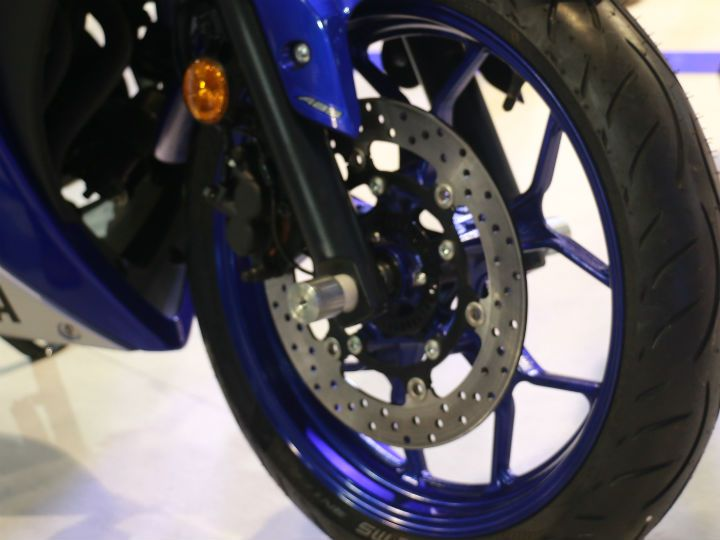 Yamaha R3 front disc