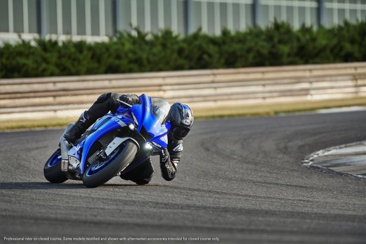 2020 Yamaha Yzf R1 Revealed At Laguna Seca Zigwheels