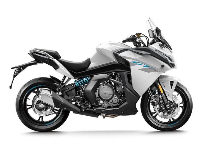 CFMoto 650GT vs Kawasaki Ninja 650: Spec Comparison - ZigWheels