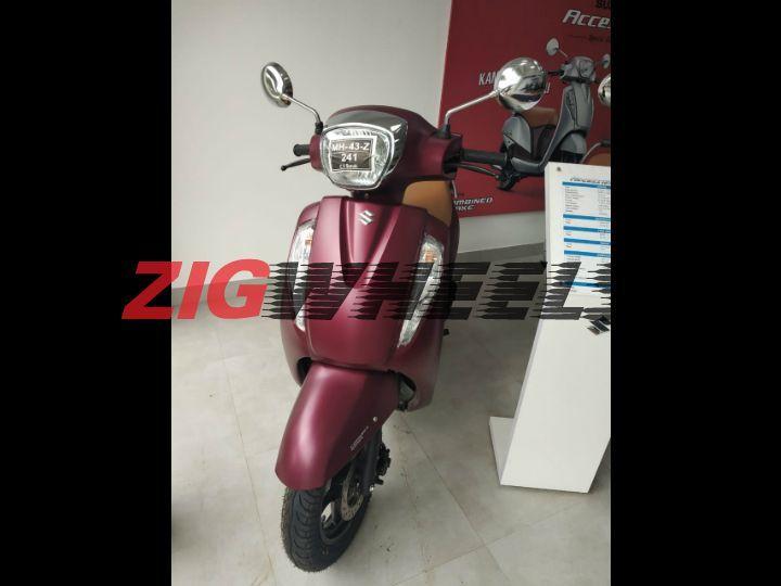 Suzuki Access 125 Matte red colour Zig