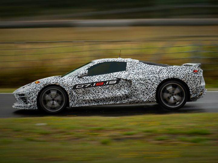 C8 Corvette Reveal: Chevy's mid-engine supercar hunter