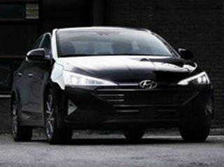 Edgy-looking Hyundai Elantra Facelift Spied On Indian Roads