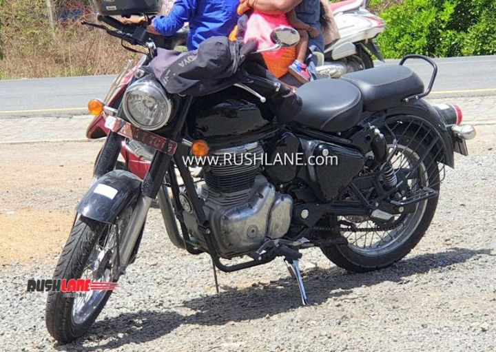 2020 RE classic 350 spied engine left