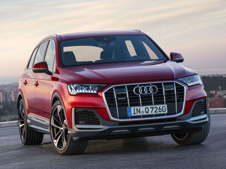 ZW-2020-Audi-Q7-India