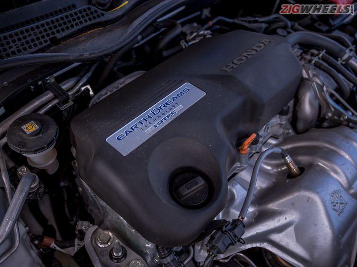 Honda Civic petrol and diesel: Road Test Review - ZigWheels