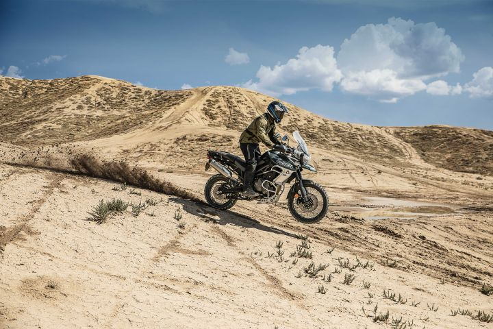 Triumph Tiger 800 XCa vs XCx: Major Differences