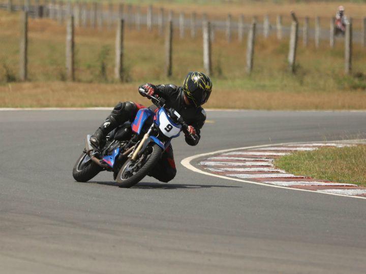 TVS Racing Apache RTR 200 4V