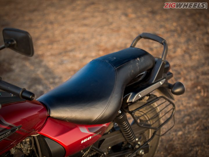 Avenger 160 review seat