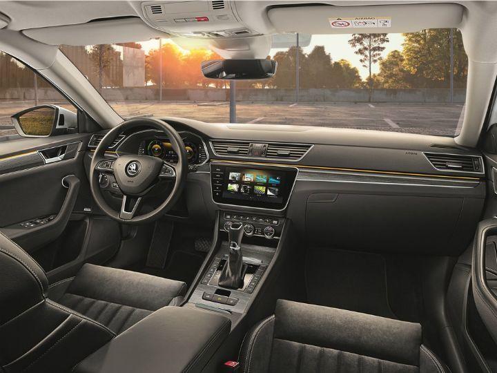 Skoda Superb Facelift, Carmaker's First PHEV, Unveiled