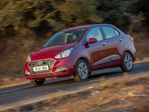 Hyundai Grand I10 Vs Hyundai Xcent Comparison Compare Prices