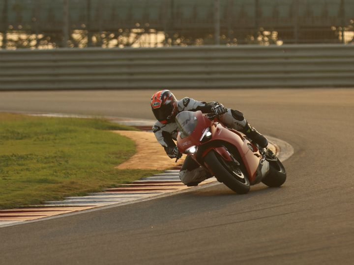 PowerDrift Shumi Column: Ducati Panigale V4 S - Tale Of Performance