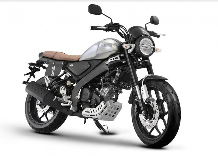 Yamaha XSR155 Cafe Racer And Tracker Kits Launched