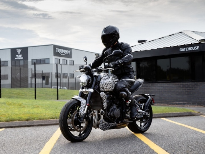Triumph Trident Middleweight Naked Unveil On October 30