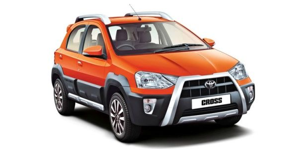 Toyota Etios Cross Price Check April Offers Images