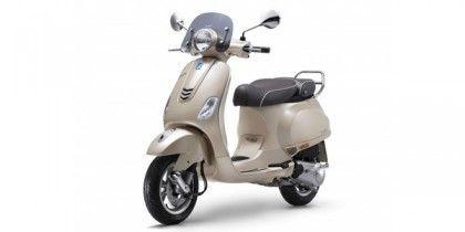 Photo of Vespa Elegante 150 Special Edition