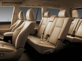 Land-Cruiser-Prado-3rd-Row-Seat