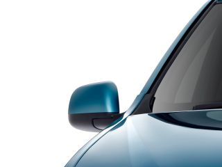 Verito-Vibe-Drivers-Side-Mirror-Front-Angle