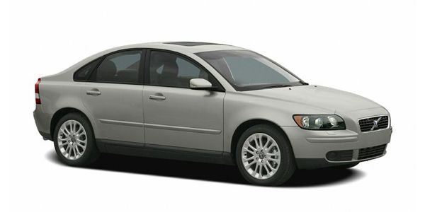 Volvo S40 Price, Images, Specifications & Mileage @ ZigWheels