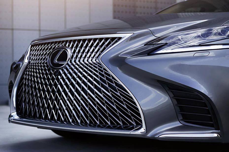 Photo of Lexus LS