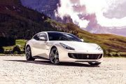 Front 1/4 left Image of GTC4Lusso