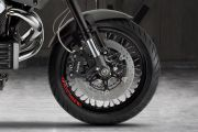Front Tyre View of Griso 1200 8V