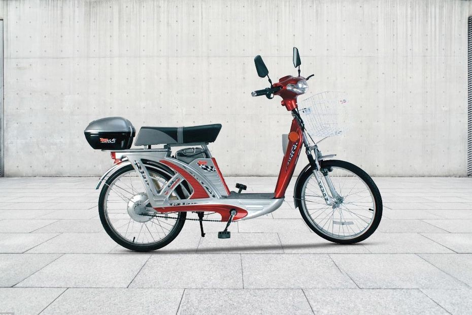 Right Side View of E Bike