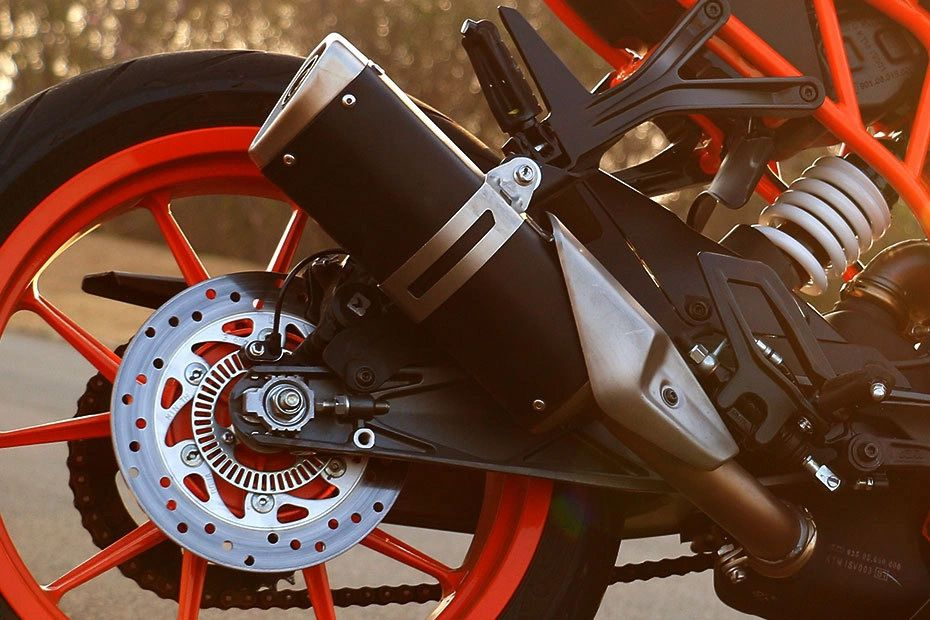 Exhaust View of RC 390