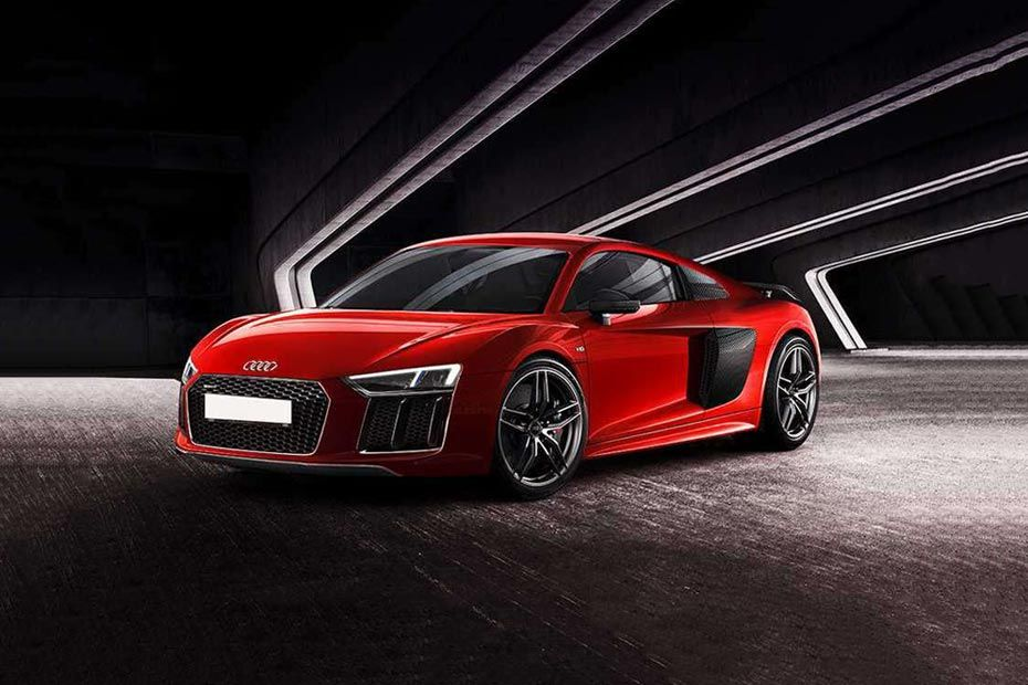 Front 1/4 left Image of R8
