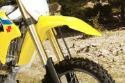 Front Mudguard & Suspension of RM Z250