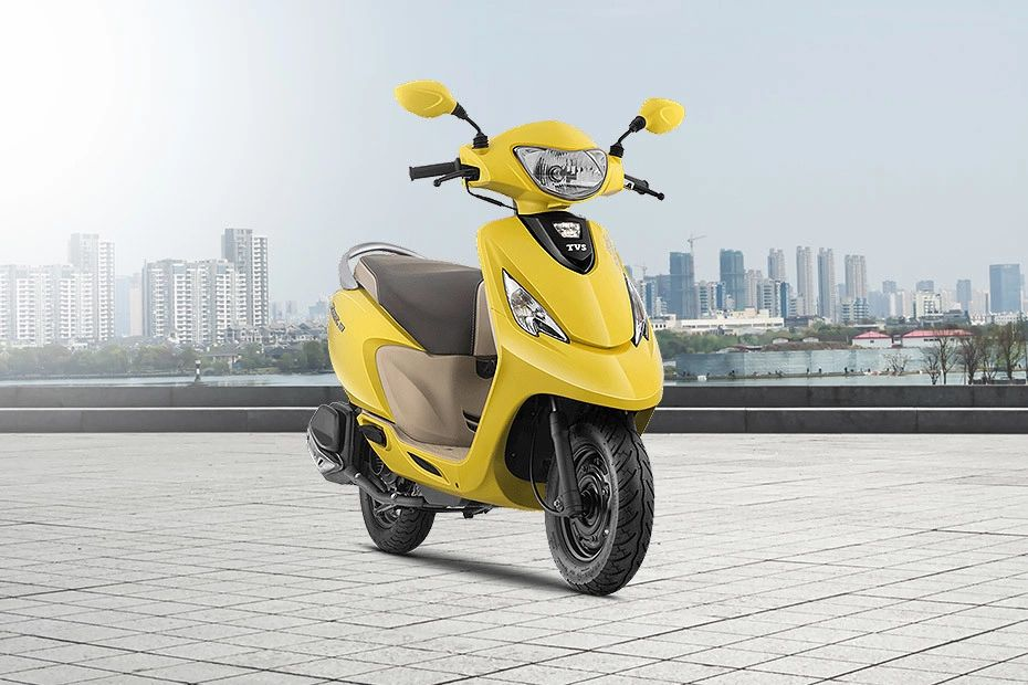 Front Right View of Scooty Zest