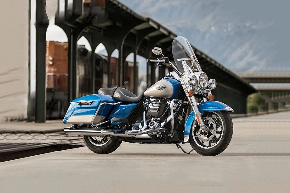 Front Right View of Road King