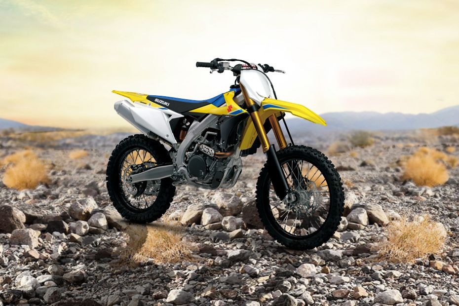 Front Right View of RM Z450