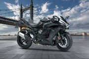 Front Right View of Ninja H2 SX