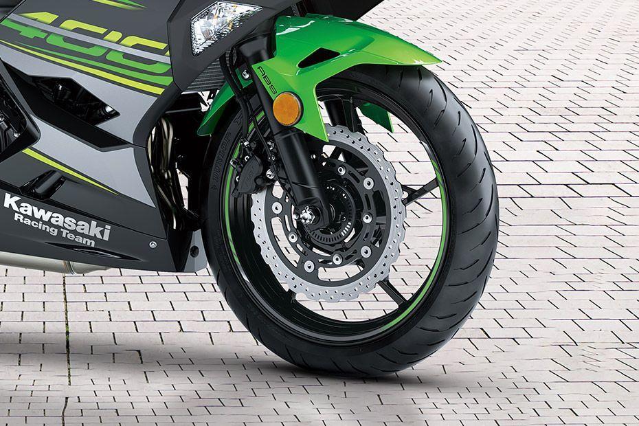 Front Tyre View of Ninja 400