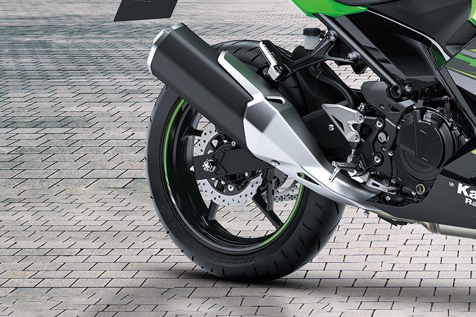 Rear Tyre View of Ninja 400