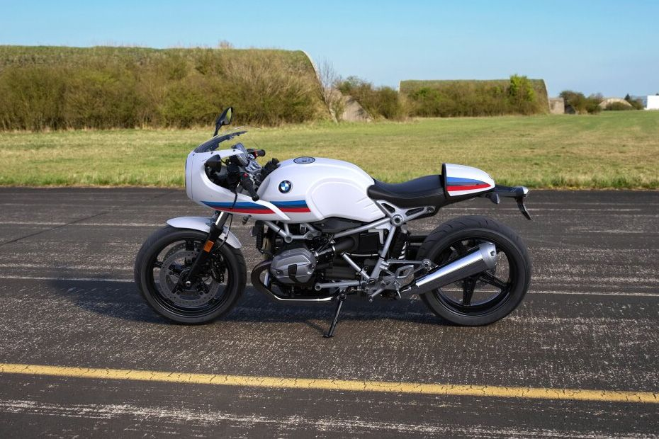 Right Side View of R NineT Racer