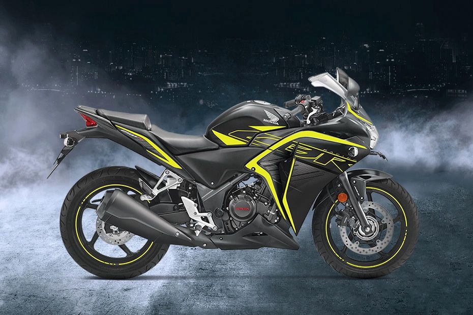 Right Side View of CBR250R