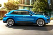 Side view Image of Macan
