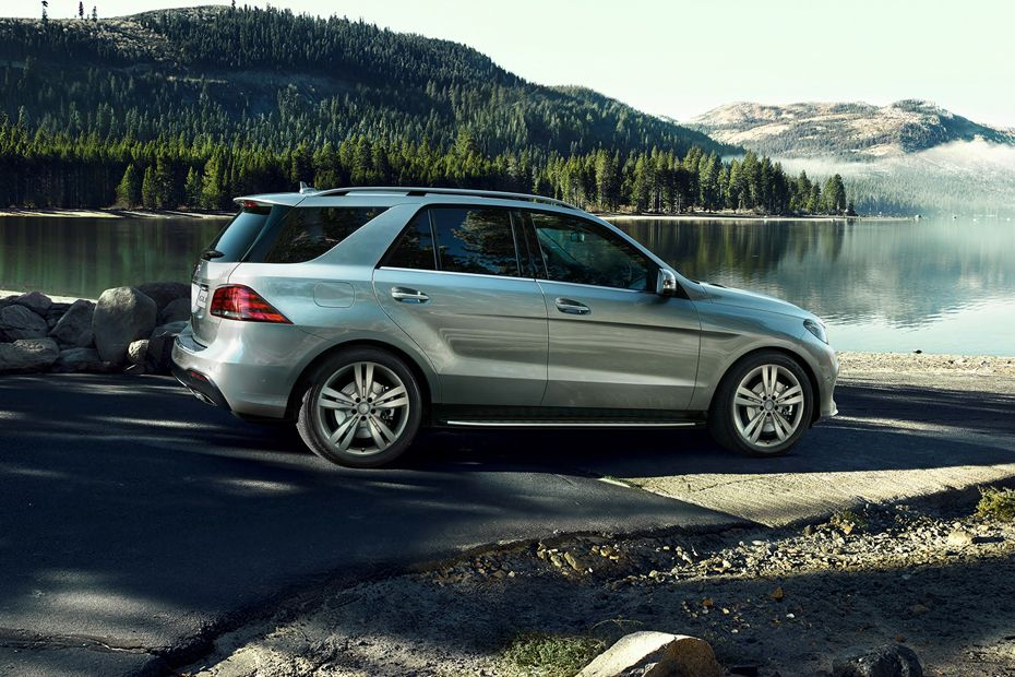 Side view Image of GLE