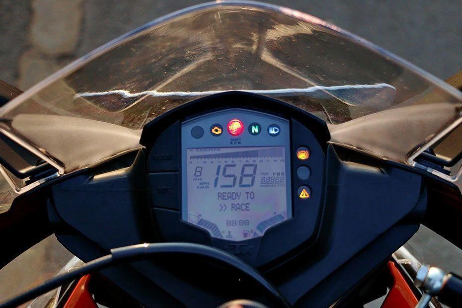 Speedometer of RC 390