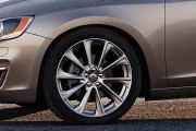 Wheel arch Image of S60