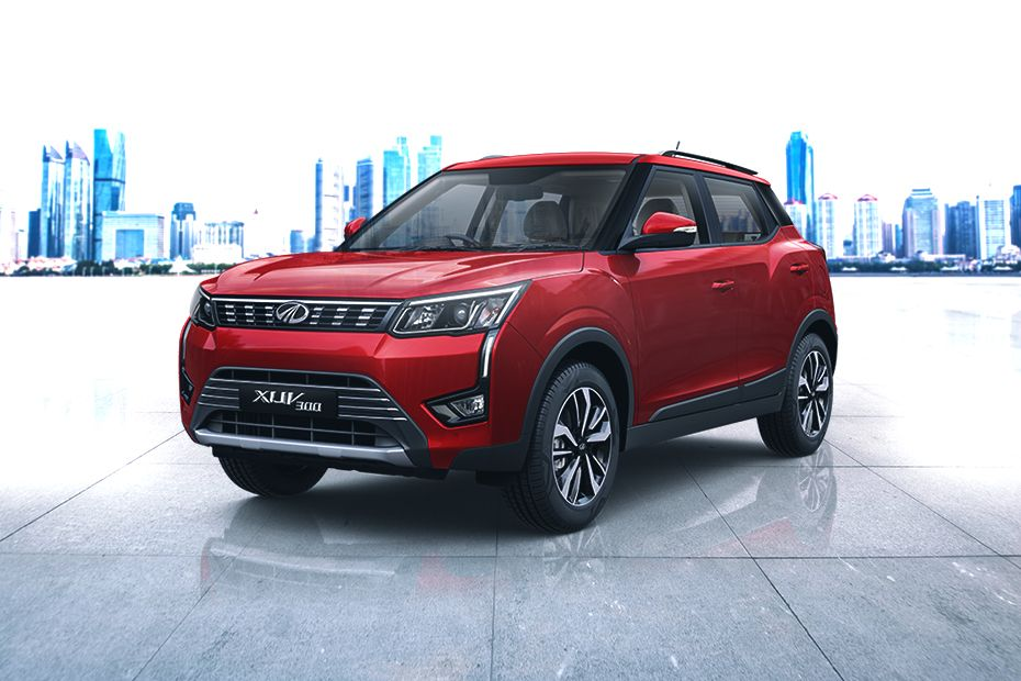 Front 1/4 left Image of XUV300