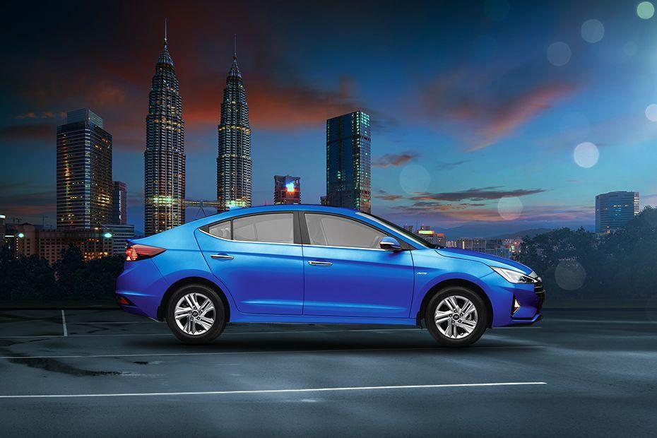 Photo of Hyundai Elantra